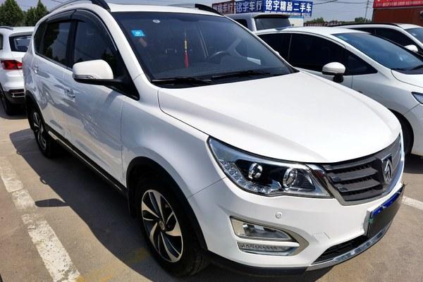 2017-12 宝骏 560 2015款 1.8L 手动豪华型