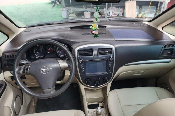 2013-10 海马 普力马 2013款 1.6L 手动7座进取版